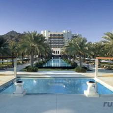 OMAN BEACH & SPA • Al Bustan Palace, a Ritz Carlton Hotel   viaggi individuali oman luxury experience beach spa