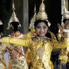 VIETNAM • LAOS• CAMBOGIA: gemme dindocina   vietnam viaggi individuali siti unesco laos estremo oriente cambogia archeologia