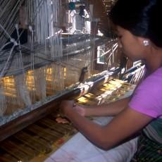 INDIA in BARCA: crociera lungo lo storico fiume Hoogli   viaggio ruby group viaggi individuali subcontinente indiano barche treni