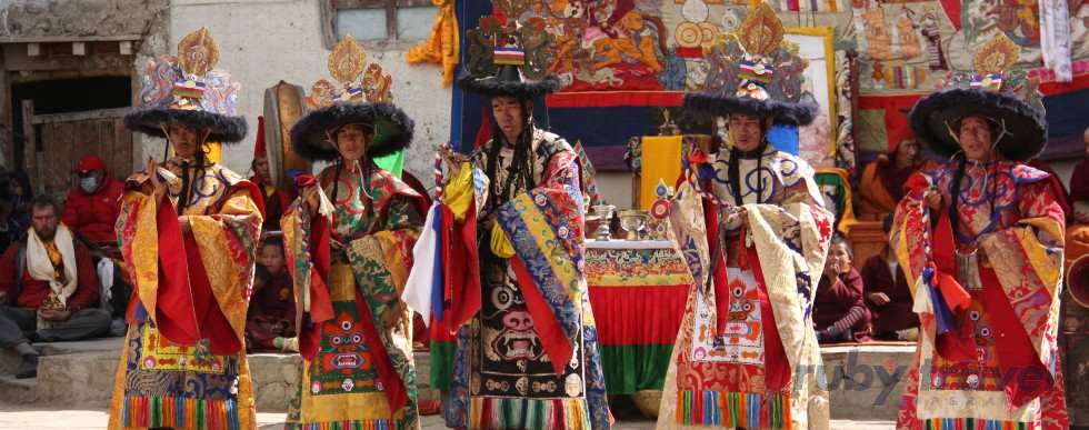 nepal: mustang tiji festival | ruby travel - viaggi 100% tailormade