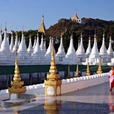 BIRMANIA: gemme e delfini   viaggi individuali tipologia viaggio siti unesco estremo oriente birmania barche treni archeologia